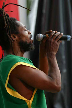 http://www.internationalcreolefest.org/images/Gallery/May%2028/ICF-Jean-Sebon-(Papa-Loko-G.jpg